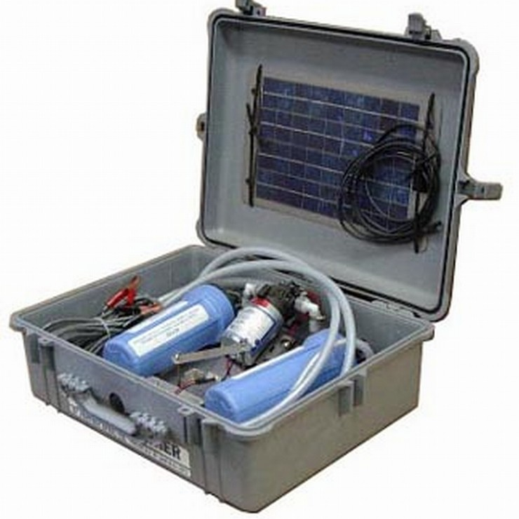 Aqua Partner In Pelican Case W Solar Panel Cascade River